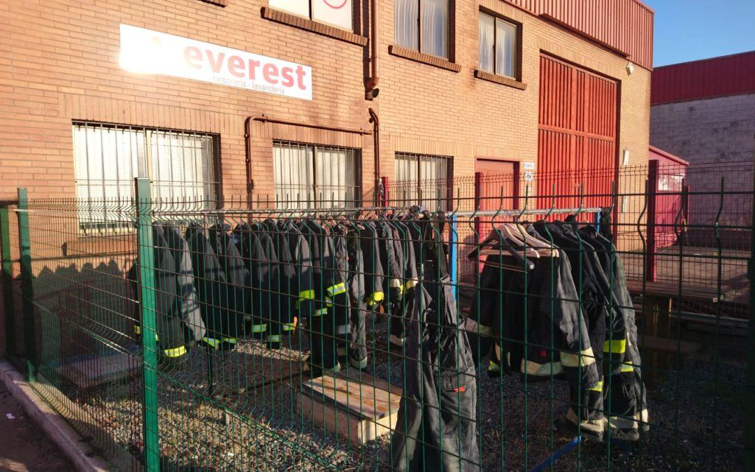 Trucos para el cuidado y el lavado de la ropa laboral